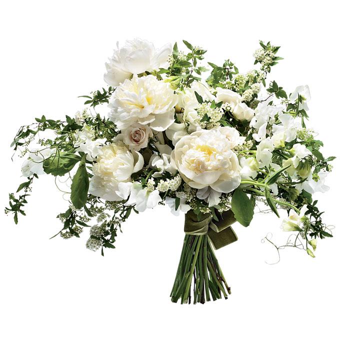 aranżacja kwiatowa z białych piwonii w stylu vintage