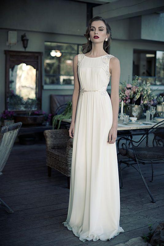 jak dobrać do figury prostą suknię ślubną
