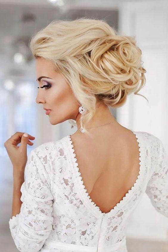 Upięcie ślubne do eleganckiej sukni ślubnej