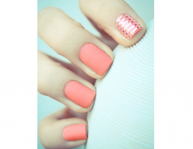 Koralowe paznokcie na ślub