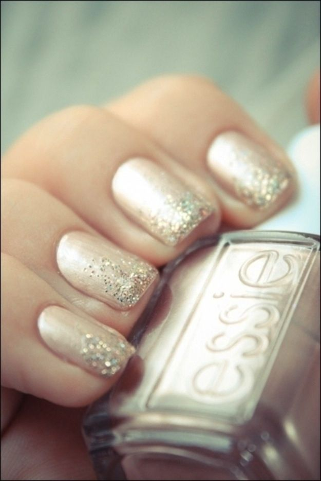 Brokatowe paznokcie do ślubu