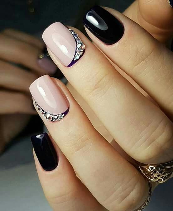 Czarne paznokcie na ślub