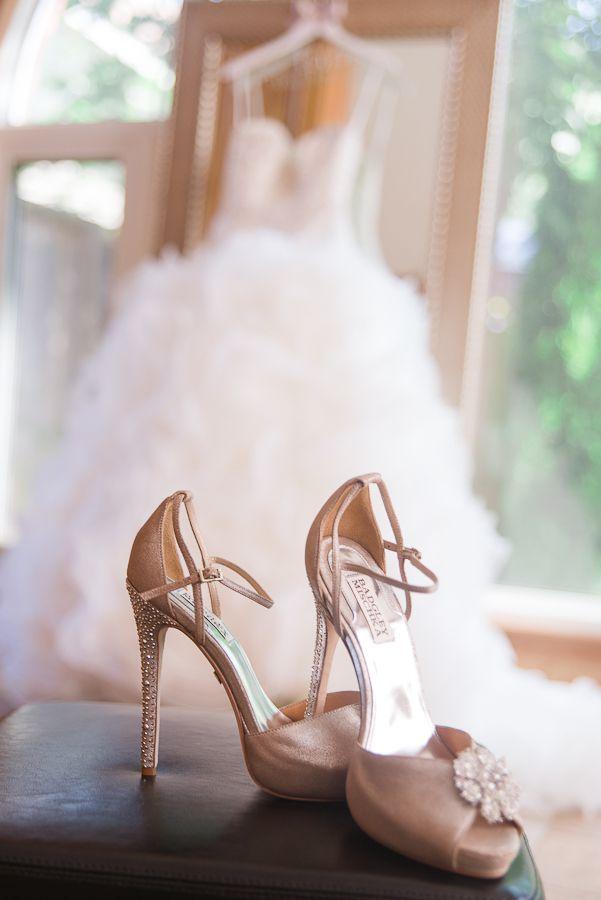buty ślubne i suknia ślubna