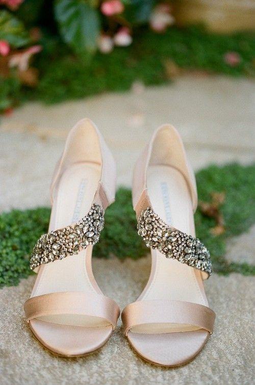 buty ślubne z paseczkiem