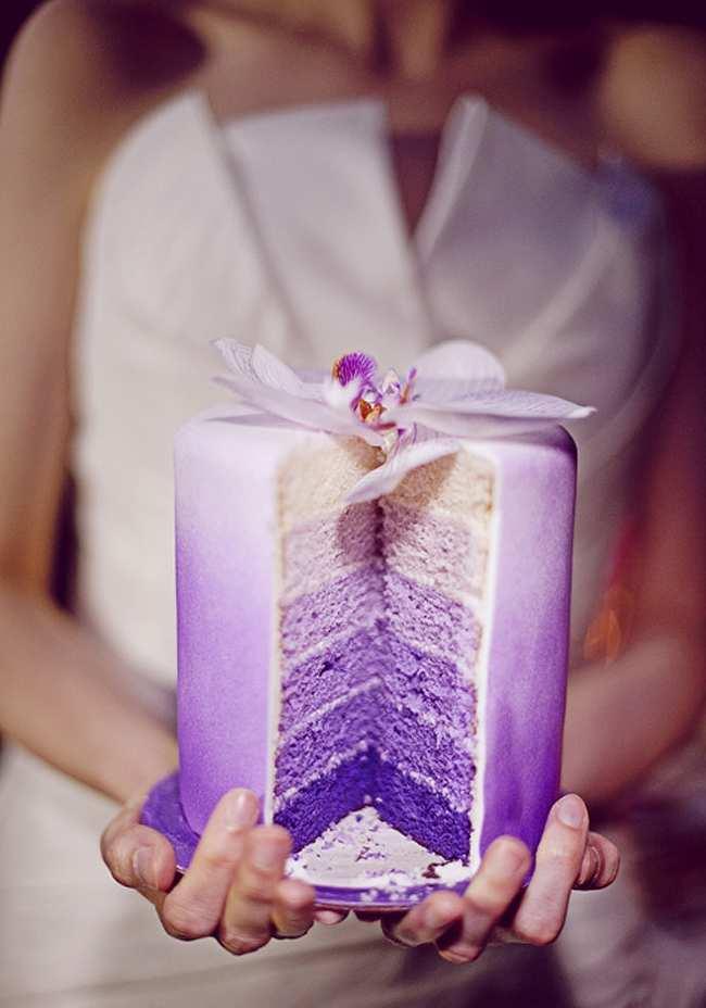 fioletowe ciasto na ślub