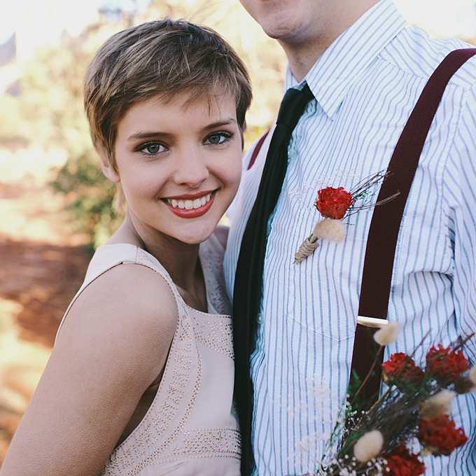 fryzura ślubna z bardzo krótkich włosów