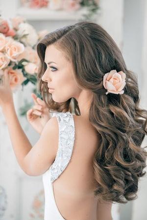 fryzura ślubna z grubych włosów