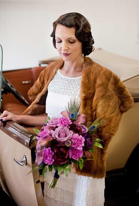 fryzura ślubna z krótkich włosów w stylu retro