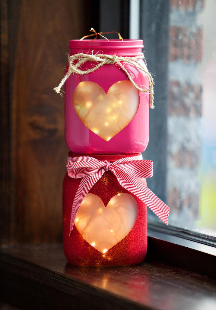 Różowe świeczniki DIY