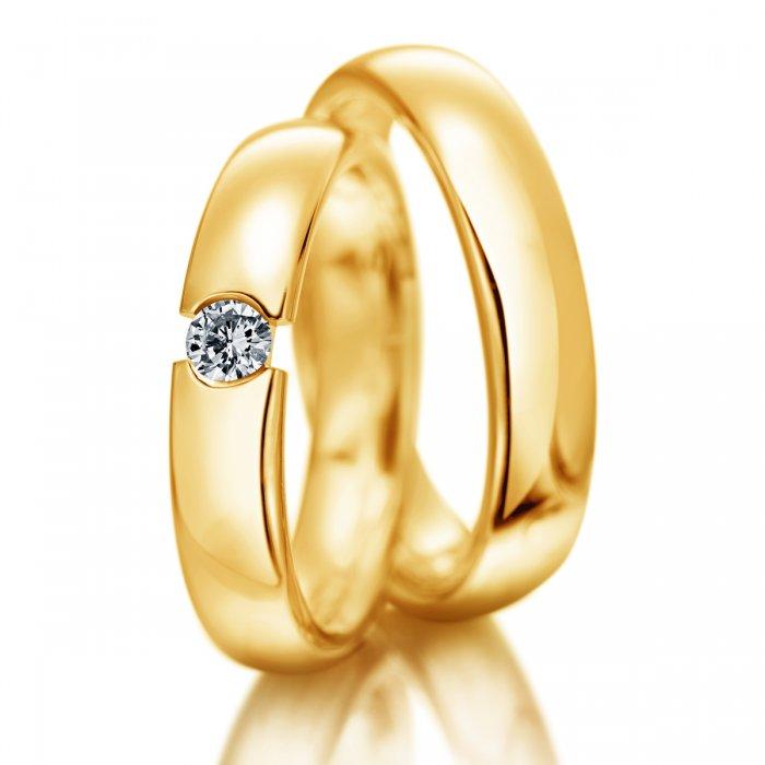 klasyczne obrączki ślubne z żółtego złota