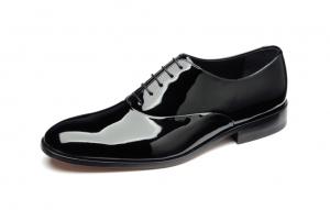 lakierowane buty do smokingu ślubnego