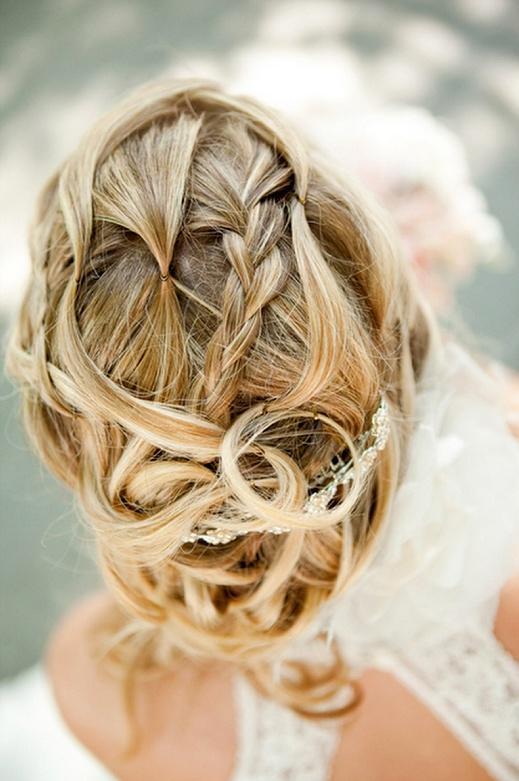 ozdobna spinka do włosów na ślub