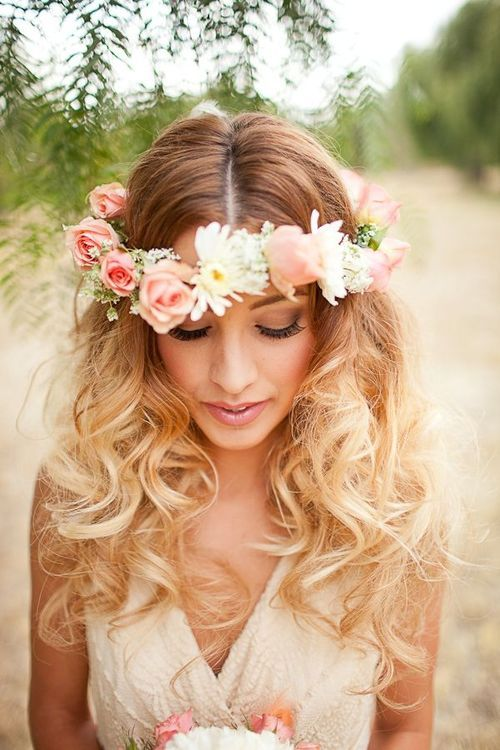 fryzura ślubna z romantycznych fal