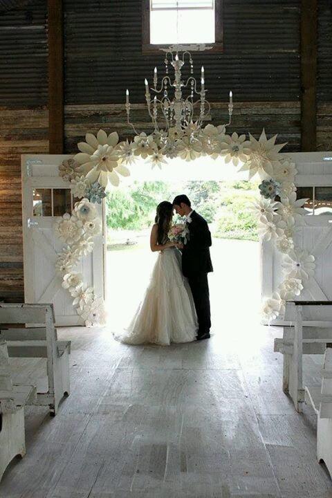 para młoda na swoim ślubie