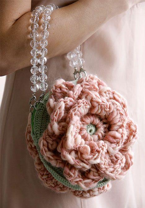 ręcznie dziergana torebka ślubna