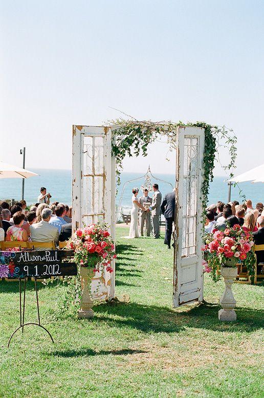 ślub w pięknym plenerze
