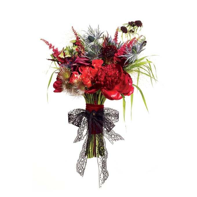 ślubna kompozycja z kwiatami cebuli w stylu boho