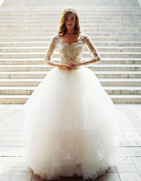 suknia ślubna księżniczka z rękawkami