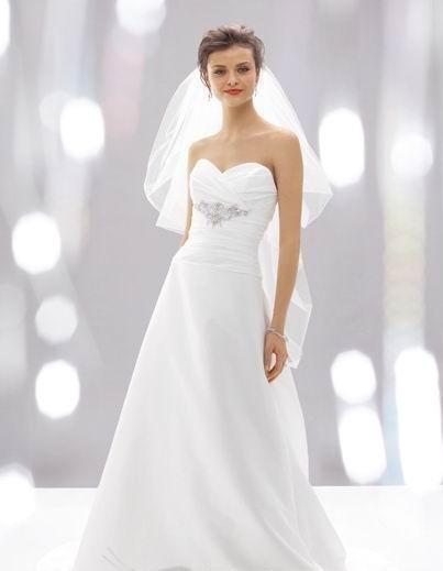suknia ślubna w kształcie litery A