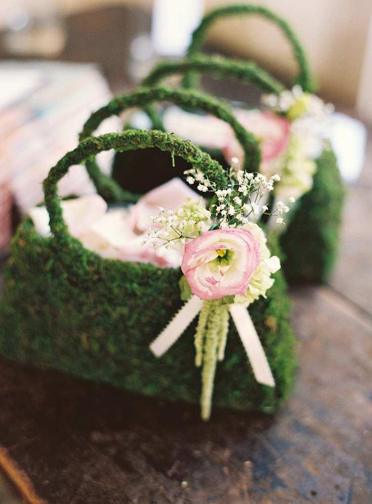 torebki ślubne z roślin i świeżych kwiatów