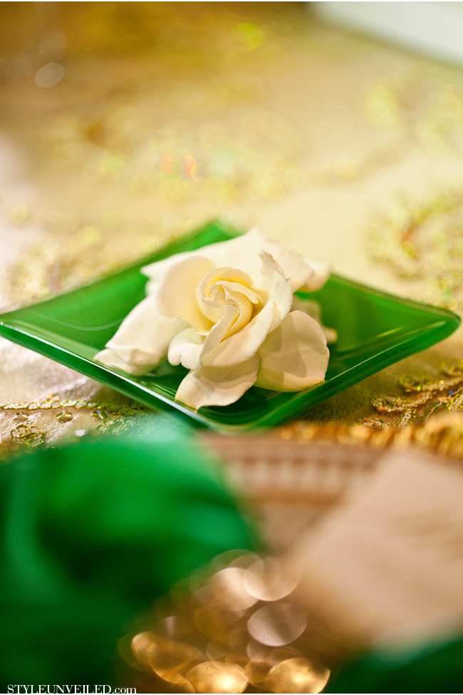 weselne inspiracje w barwach złota i szmaragdu