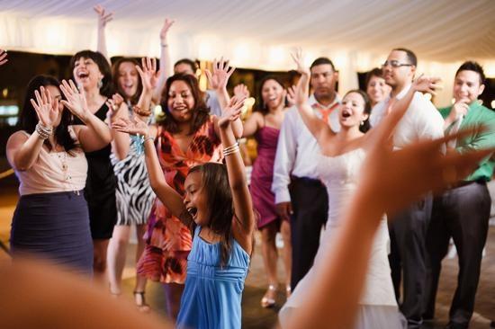 zabawa gości weselnych na poprawinach